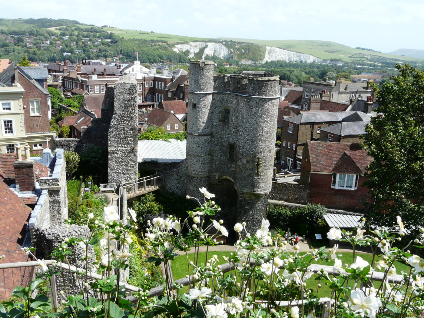 Lewes Castle view of exterior